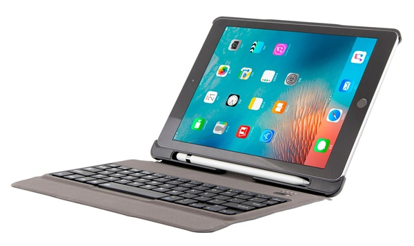 Factory 2018 Detachable wireless phone bluetooth keyboard case cover skin with pen for ipad air/pro9.7inch smartphone tablet
